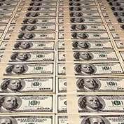Игровой автомат Играл по минимуму, а выиграл три миллиона долларов